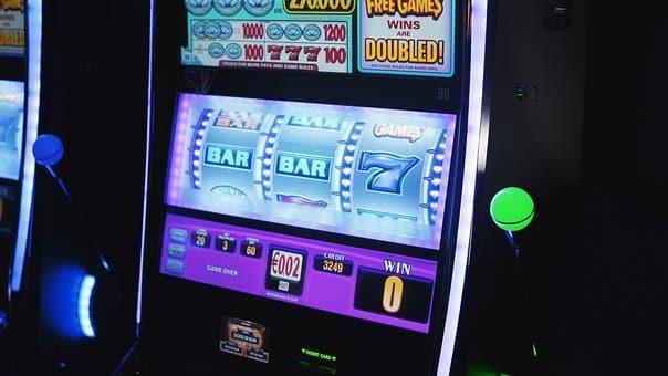 Débutants en jeux de casinos: que savez-vous des machines à sous